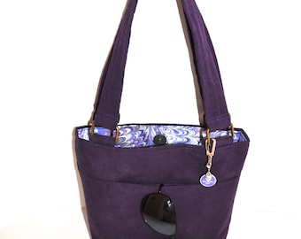 Purple Handbag w/gold hardware