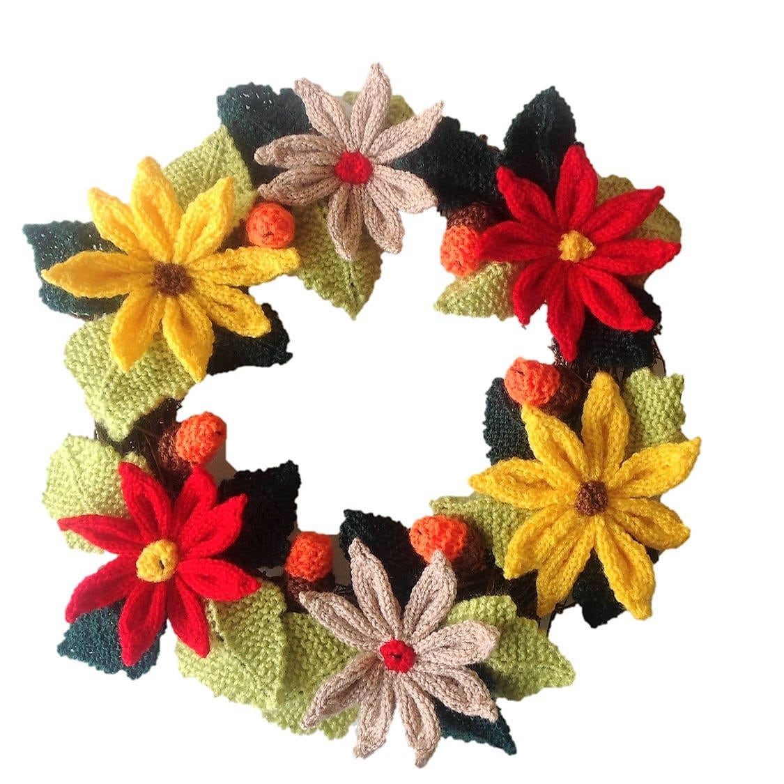 Knitted Christmas Wreath, Xmas Knitting pattern, Christmas flowers ...