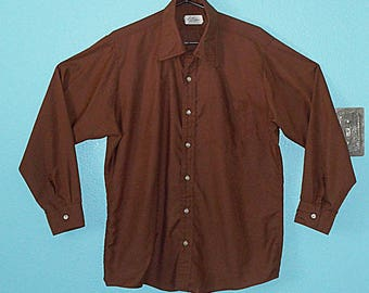 "60s70s Guys LS Cotton Blend Cocoa-Colored ""Leader"" Hipster Shirt — Size L/XL"