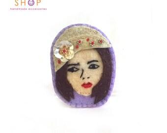 Gray hat Girl Brooch, Face brooch,Chic girl face brooch, Felt Brooch, Handmade felt, embroidery brooch, Gift, Brooch, Fashion jewelry