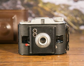 Ansco Flash Clipper Camera with Leather Case #O83