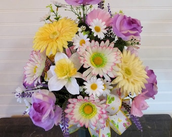 Mother's Day Cemetery Arrangement, Cemetery Vase, Cemetery Flowers with Daisies and Roses