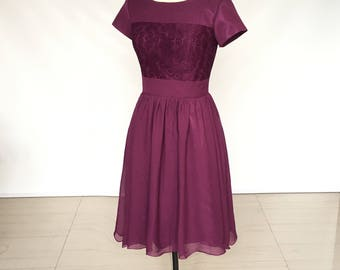 Scoop Grape Lace Chiffon Short Bridesmaid Dress with Sleeves