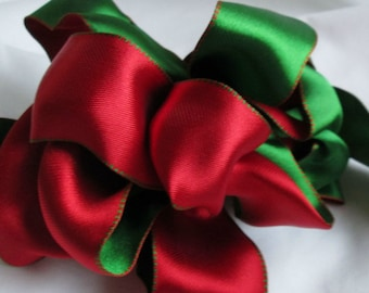 """Wire Ribbon for Christmas. Beautiful Red and Green... 1.5"""" X 12 Feet"""