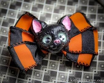 Hand Sculpted Black Cat Halloween Brooch