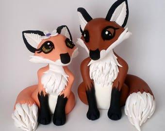 Fox Wedding Cake Topper, Clay Fox Figurines, Custom Wedding Keepsakes, Woodland Creatures Wedding, Wedding Gifts, Wedding Keepsake