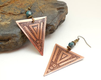 Triangle brass, Pearl blue/green, ethnic earrings