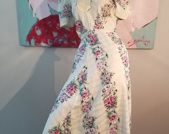 FREE  SHIPPING  1940  Floral Cotton  Day  Dress