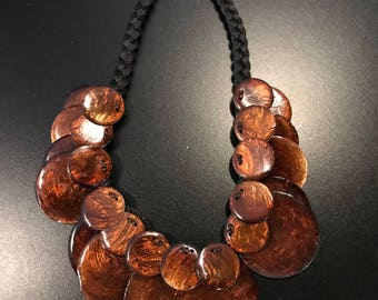 Shimmering Bright Brown/Cola Discs Necklace