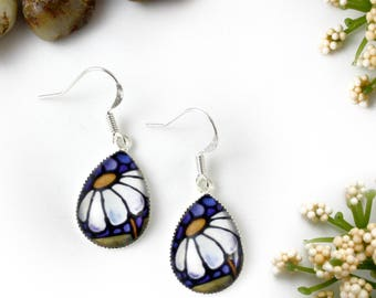 White Daisy Earrings - Daisy Floral Jewelry - White Flower Earrings - Silver Earrings - Art Nouveau Art - Teardrop Dangle Earrings