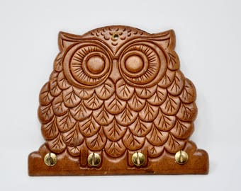 Vintage Wooden Owl Key Holder Kitschy Owl Wall Hanging Owl Key Holder Necklace Rack