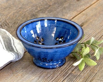 Colander – Pottery berry bowl, Colander & strainer, Ceramic, Stoneware, Handmade, Wheel thrown