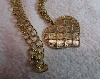 Vintage Avon Quilted Heart Necklace