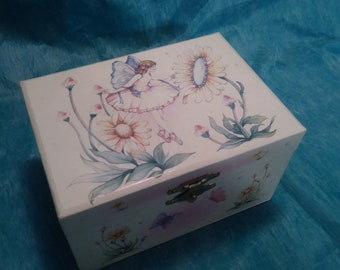 vintage, CHILDS MUSICAL JEWELRY box, collectibles, jewelry, music, box, ballerina, fairies