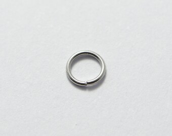 5 Grams (300pcs Approx) 4mm Stainless Steel Jump Rings, 0.5mm x 4mm, 24 Gauge Open Rings. Steel Jewelry Findings Supplies #SD-S7275