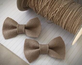 Bow Hair Clip - Fawn Felt Bow Hair Clip Set. Autumn Hair Clips. Back to School. Beige .