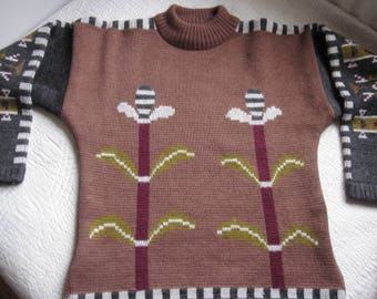 Vintage Heavy Knit Aztec Pattern And Flower Sweater Pullover M-L