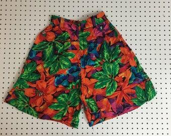 Women's Vintage Tropical Island High Waist Vacation Shorts- Small