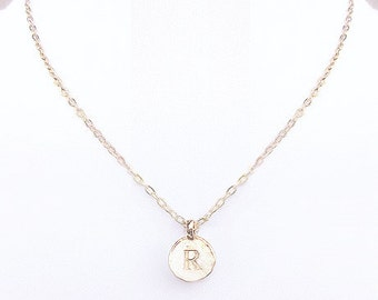 """R personalized girlfriend gifts, R initial gold jewelry necklace, R single coin choker, unique """"R"""" letter charm preppy necklace for women"""