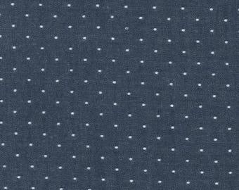 Robert Kaufman FABRIC - Chambray Dots in Indigo