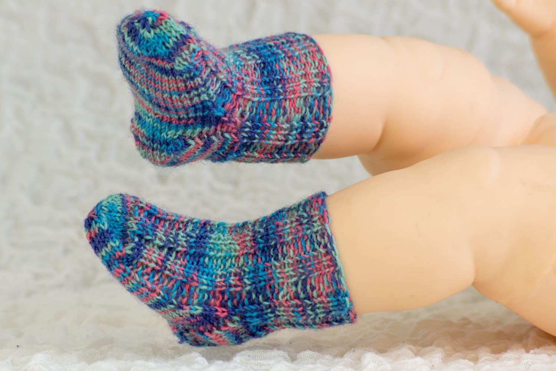 Free knitting pattern baby socks sample pattern free baby zoom bankloansurffo Choice Image