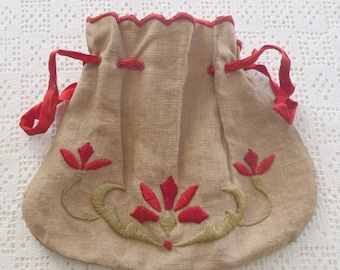 Vintage Sewing Bag Arts and Crafts Embroidery
