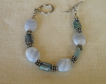 Sterling Silver Agate and Laboradorite Bracelet - 7 1/2 inch