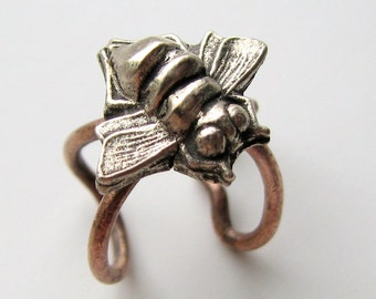 Bee ear cuff