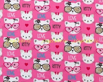 C299 - 140cmx100cm Cotton Fabric - Pretty cat