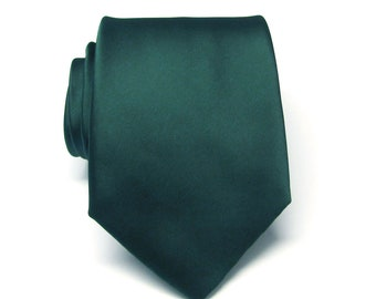 Mens Tie. Dark Green Forest Green Silk Necktie With *FREE* Matching Pocket Square Set