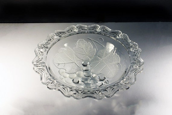 Rimmed Fruit Bowl, Grape and Leaf Pattern, Clear and Frosted Glass, Centerpiece, Fruit Pattern, Large Round Bowl