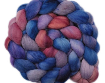 Hand dyed roving - 19μ Merino wool combed top spinning fiber - 4.1 ounces - Healing Sense 1