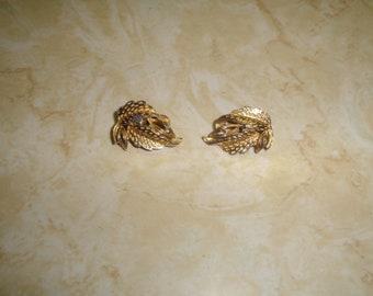 vintage clip on earrings goldtone leaves