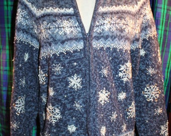 Heirloom Collectibles, blue, Petite medium, zip up, cardigan, sweater, snowflakes, ugly Christmas, holiday party, xmas, collar