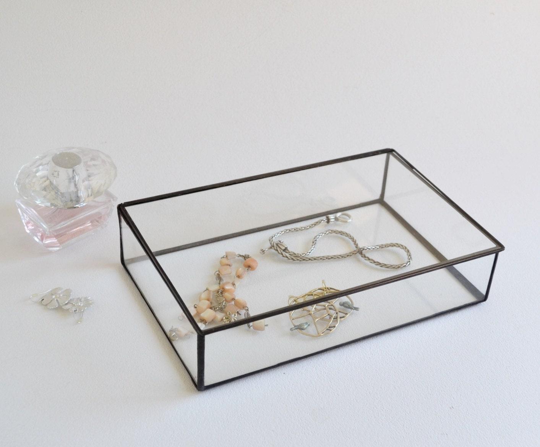 Glass box display jewelry wedding
