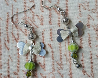 Green and silver dangles earrings