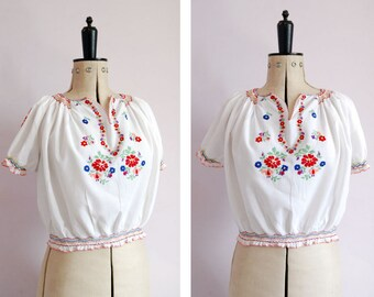 Vintage 1930s 40s embroidered Hungarian blouse - 30s Peasant blouse - 30s Hungarian top - Peasant top - Folk blouse - Boho hippie blouse