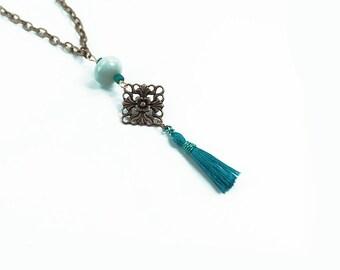 Helle kleine Türkis Quaste und filigrane Halskette, böhmischen Schmuck, Perlen Halskette, einstellbare Länge Boho Kette