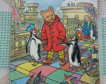 Vintage 1977 Rupert The Bear Daily Express Annual.