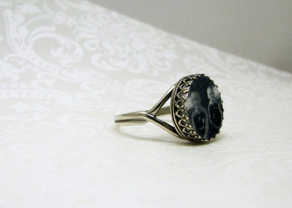 Antique Sterling Silver Adjustable Photo Ring - Classic Crown Setting