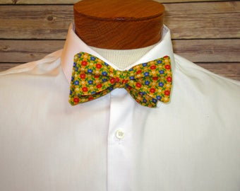 Yellow Floral Retro Bowtie Made From Vintage Fabric, Bow Tie, Yellow Tie, Retro Bow Tie, Summer Bow Tie, Men's Tie, Self Tie, Father's Day
