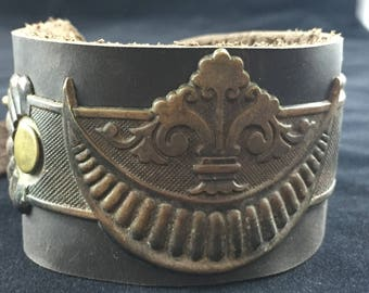Antique Hardware Leather Bracelet