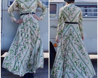 Vintage 70s dress, Floral, hippie, boho, bohemian, festival maxi dress by Julie Miller California