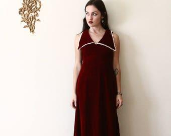 70s dress - red velvet dress - 1970s gown - empire waist - sleeveless - oversize collar - small