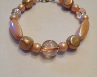 Rose pink and peach beaded bracelet