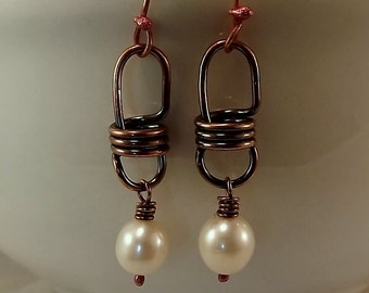 Freshwater Pearl and Copper Lightbulb Link Earrings