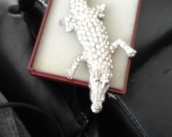 vintage crocodile brooch 1980s