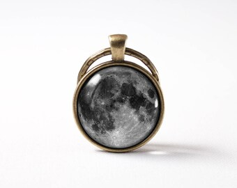 Luna key ring Gift for her him Gray full moon Keychain Moon keyring Moon jewelry Space key chain Grey moon Moon pendant Gift idea Moon art