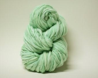 Handspun Thick and Thin Yarn Wool Slub  Hand Dyed tts(tm) Superfine Merino Bulky Mentha 03