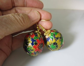 Real Parrot Egg Earrings,  Washi Paper,  Decorative   Earrings,  Sterilized Parrot Eggs (2089)